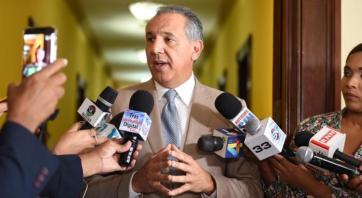 Ministro advierte las autoridades no permitirán se altere orden público RD
