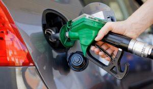 Precios mayoría de los combustibles bajan entre los RD$0.90 y RD$0.40