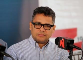 Peña propone consulta popular para construir muro en la frontera