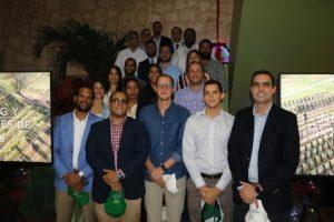 JAD juramenta Comité de Jóvenes Agroempresarios