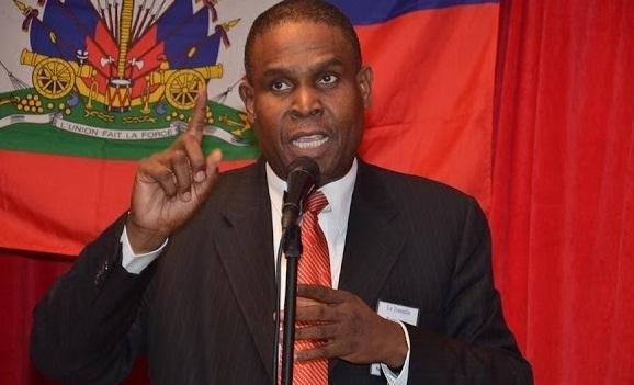Diputados haitianos aprueban moción de censura contra el primer ministro