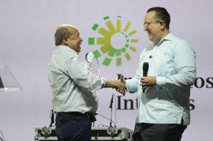 DGII celebra encuentro confraternidad; dice superará meta de recaudación