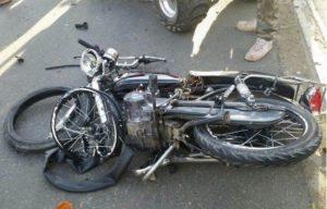 MOCA: Mueren dos hermanos al chocar motor con una yipeta
