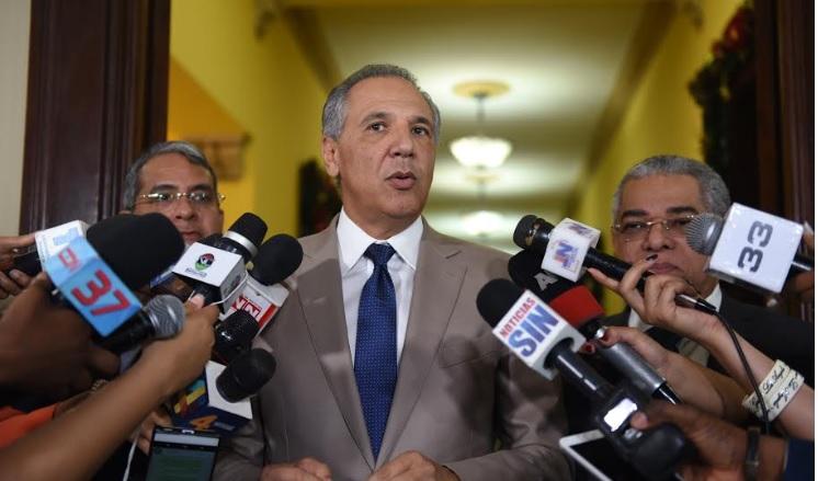 Gobierno RD pagará regalía desde 5 diciembre; récord $17, 086 millones