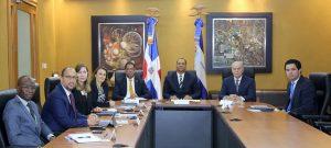 Superintendente de Bancos se reúne con Misión del Fondo Monetario