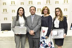 Banco Central entrega premios del Concurso Anual de Economía