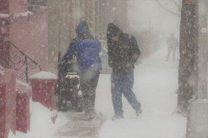 Aconsejan mantenerse en casa este fin de samana debido a peligrosa nevada