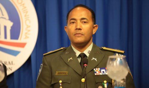 En medio de escándalo por asesinato coronel, PN sustituye al general Brown