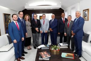 Presidente Cámara Diputados recibe cúpula empresarial; tratan sobre agenda legislativa