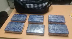 Apresan a holandés con seis paquetes de cocaína en aeropuerto de Punta Cana