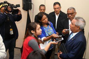 Ministro de Economía dice combustibles de RD no solo provienen de Venezuela