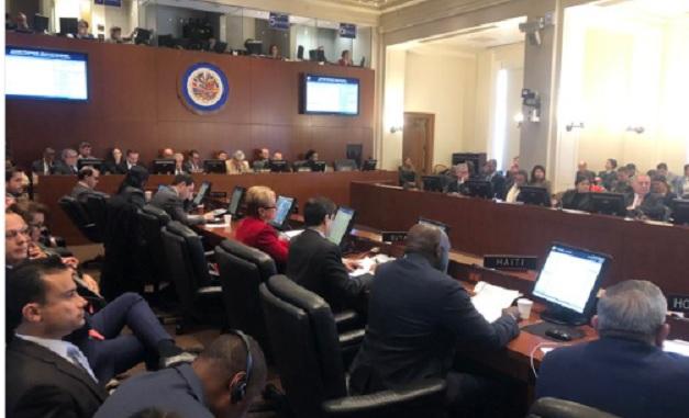 """OEA desconoce nuevo gobierno de Maduro por considerarlo """"ilegítimo"""""""