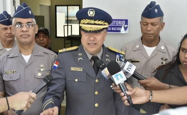 Policía Nacional dispone cambios de mando en la capital y varias provincias