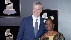 La residencia del alcalde de Nueva York acoge exposición de mujeres artistas