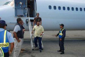 Llegan a la República Dominicana otros 79 deportados desde Estados Unidos