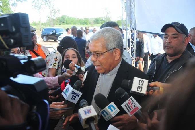 Monseñor Ozoria: Partidos deben asumir costo de primarias con recursos propios