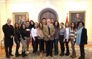 CANADA: Embajador Pedro Vergés se reúne con estudiantes dominicanos