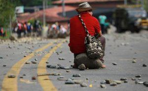COLOMBIA: Gobierno e indígenas inician diálogo para resolver protestas