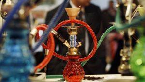 Policía evita la venta de miles cigarrillos y 1 millón de carbones para 'hookah'