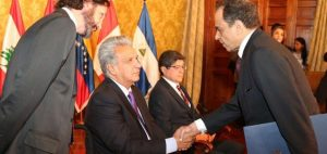 QUITO: Embajador RD presenta credenciales ante el Presidente