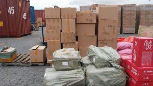 Aduanas decomisa contrabando de medicamentos, cerveza y ron en muelle