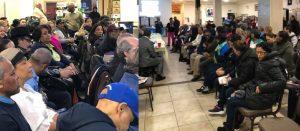 NUEVA YORK: Exigen rebajar servicios consulares e impuestos a los pasajes
