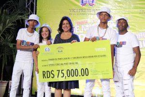 Vicepresidencia y artistas se unen para promover música con valores