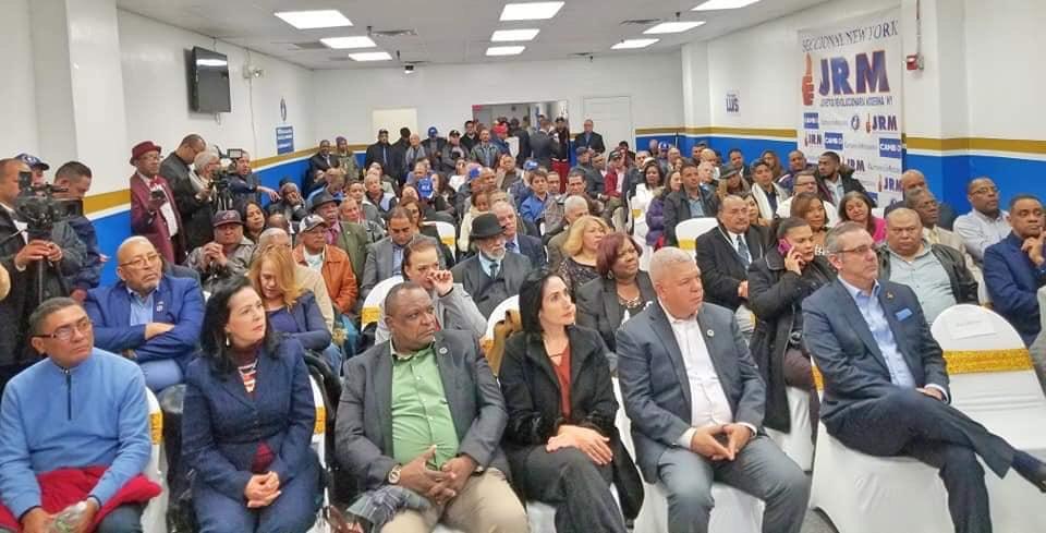 NUEVA YORK: Abinader dice fuerzas del cambio sólo tienen la opción ganar