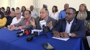Sindicalistas no volverán al diálogo si no retiran clausura que eliminaría cesantía
