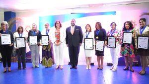 Entregan Premio Nacional a la Mujer Portuaria