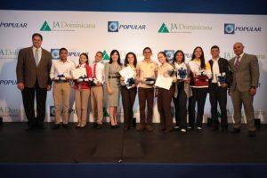 El Popular impacta 13,142 estudiantes con programa Banquero Joven
