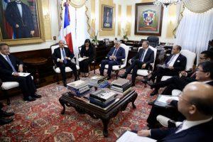 Viceprimer Ministro de China se reunió con el Presidente y altos funcionarios RD