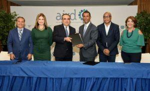 AIRD y Dominicana Limpia establecen cooperación para el reciclaje