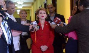 Critican declaraciones de hermana de Danilo Medina a favor de su reelección