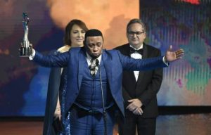 Anthony Santos recibe Gran Soberano; Ala Jaza obtiene tres estatuillas