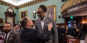 NY bate otro récord con el político más alto del mundo
