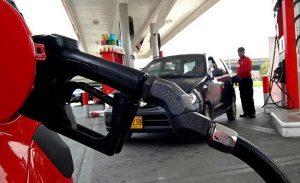Los combustibles siguen hacia arriba en la RD; suben tres pesos a las gasolinas