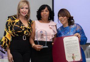 """P. RICO: Fundación reconoce """"15 Mujeres que hacen la diferencia"""""""