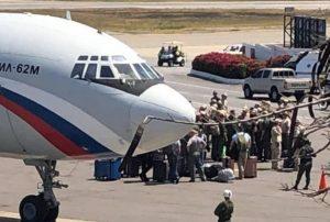 VENEZUELA: Gobierno de Maduro anuncia la llegada de más militares rusos