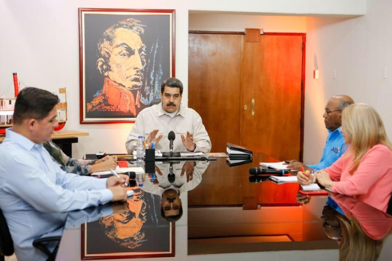 VENEZUELA: Maduro destituye ministro de Energía en medio crisis de apagones