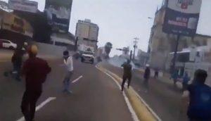 VENEZUELA: Organismos reprimen manifestación; hay decenas de heridos
