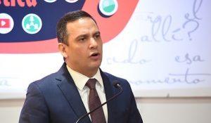 Molina renuncia como miembro PLD,  presidente INDOTEL y directivo INTEC
