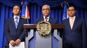 Gobierno afirma no pretende eliminar cesantía; reitera disolución del IDSS