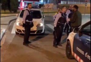 ESPAÑA: Arrestan 3 dominicanos por agredir varios policías en un McDonald