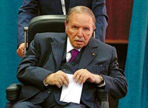 ARGELIA: Tras masivas protestas, renuncia el presidente Abdelaziz Buteflika
