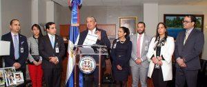 Consulado de NY anuncia apertura de becas a dominicanos en el exterior