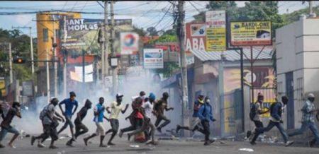 HAITI: Al menos un muerto y un herido durante nuevas protestas