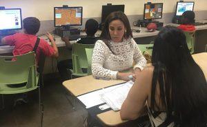 FLORIDA: INDEX ofrece asesoría legal sobre inmigración a dominicanos