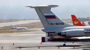 Vicecanciller de Maduro dice más tropas rusas podrían llegar a Venezuela
