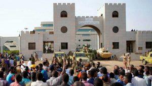 SUDAN: Al menos 13 muertos tras el derrocamiento del presidente Omar al Bashir
